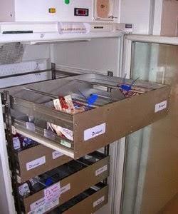 frigo de stockage des PSL d'un dépot de sang