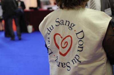 Photo de l'aide des associations de donneurs de sang